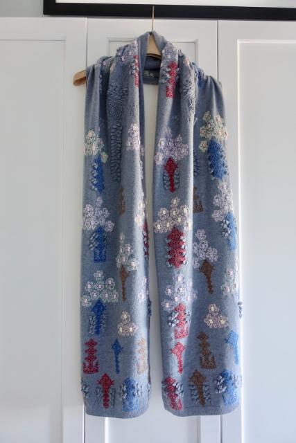 Barrie Knitwear Chanel Cashmere Paris New York Street Style
