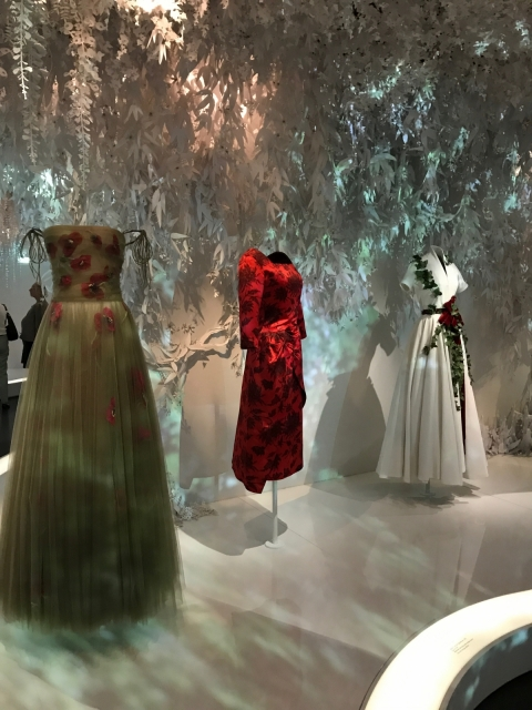 Dior Exhibition Musee des arts décoratifs