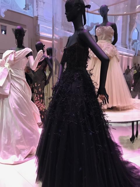 Dior Exhibit Musee des arts décoratifs photo by Michelle Lin Greenip